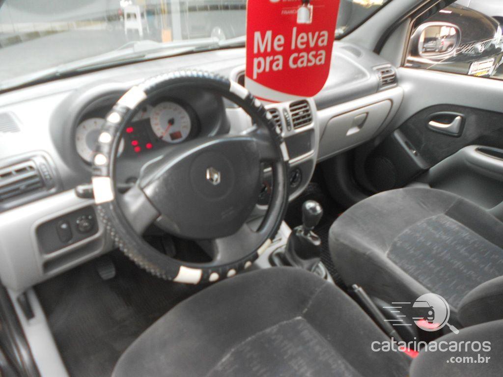 Clio Sedan 1.6 completo...  5P   2006