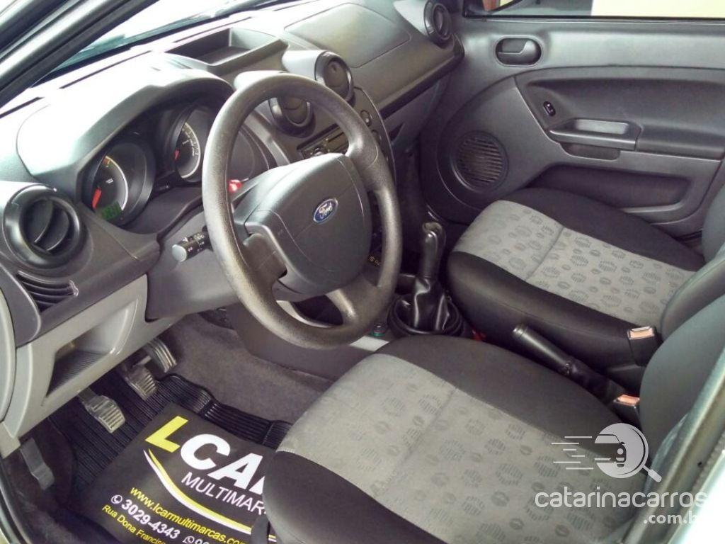 Fiesta 1.0  4P   2014