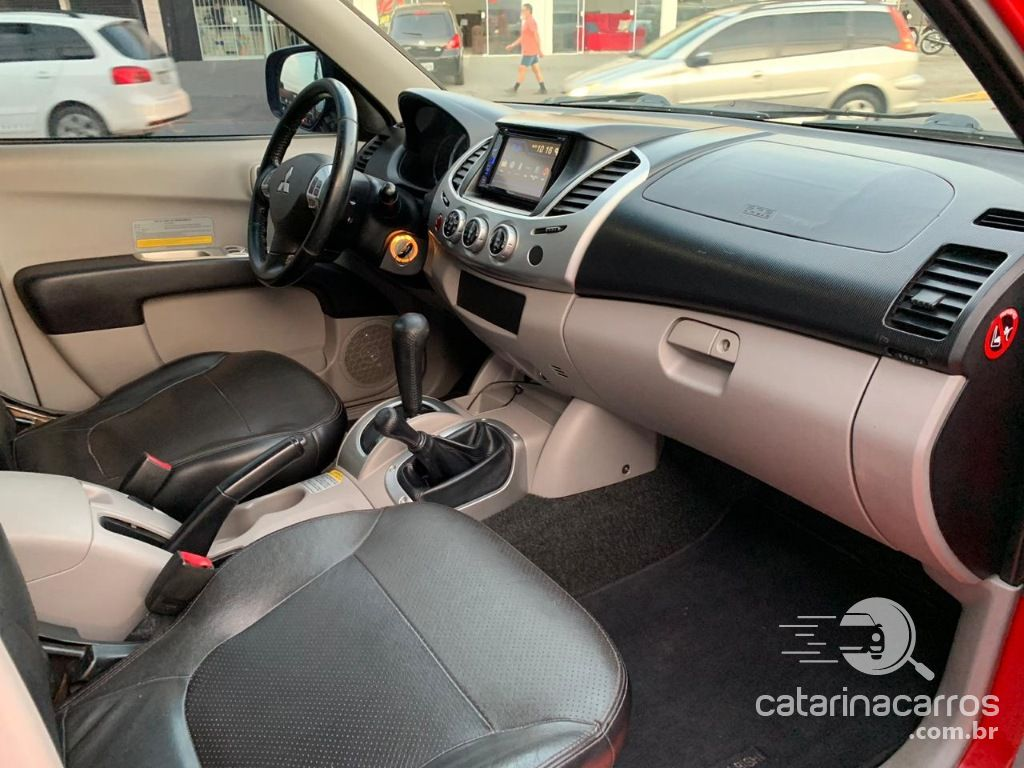 L200 Triton hpe 3.2 diesel 4x4 automática  4P   2012